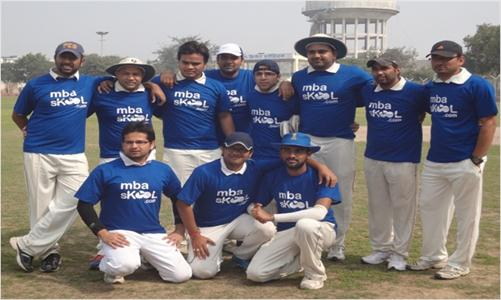 Cricket team in MBASkool jerseys