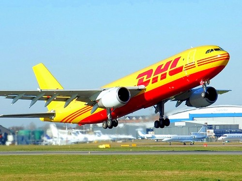 dhl pricing strategy Discuss marketing strategy of fedex corporation within the marketing management forums dhl, rps, and electronic document delivery soon after the service was introduced, the price of fax machines plummeted, ultimately forcing fedex to drop zapmail after.