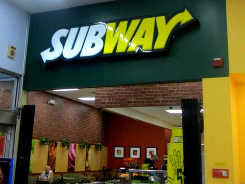 subway marketing mix Subway has used a message of healthiness as the basis of its marketing for more than a decade now yes, it has been 14 years since spokesman jared fogle began to shed.